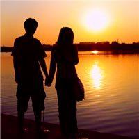 情侣牵手背影图片头像