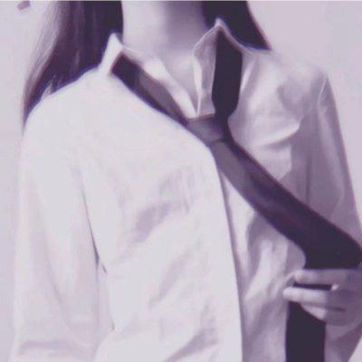 情侣头像白衬衫不露头高清部位控的头像情侣穿jk不露头图片