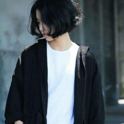 超酷短发头像,高清好看的短发女生超酷头像图片