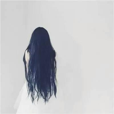 微信头像女生背影长发长发高清的微信女生背影头像图片