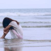 孤独的女生背影头像图片唯美伤感的女生孤独背影头像