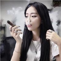 qq头像女生抽烟霸气型精选好看的qq头像拽霸气女生抽烟图片