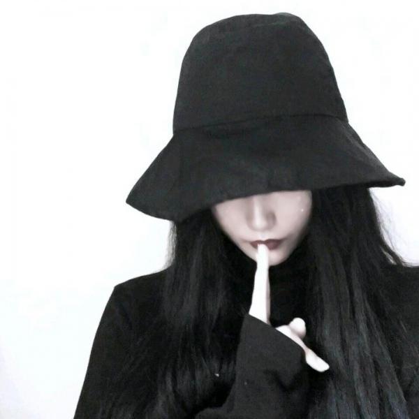 女生戴帽子头像超酷超清酷酷的女生头像霸气戴帽子图片