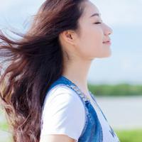 女生唯美清纯意境头像,有着单纯善良的内心和清纯可爱的外表