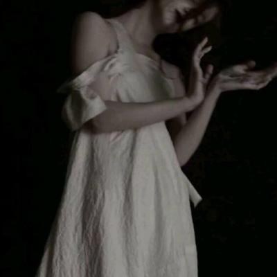 女生真人丧头像高清伤感的真人丧系图片头像精选