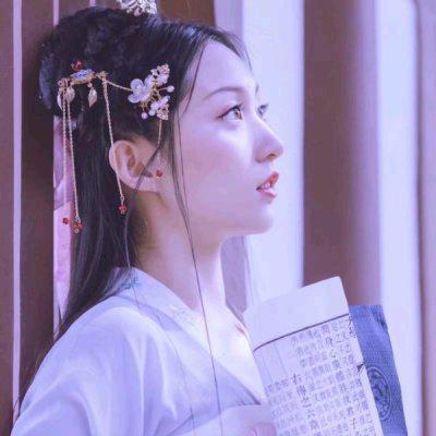 高清干净好看的清纯女生qq头像白色系图片