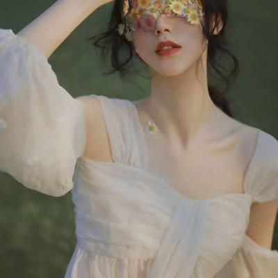 成熟深沉女生头像,高清意境气质成熟的女生头像图片