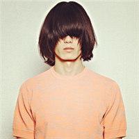 男生长发非主流头像长发盖住了眼睛的男生头像