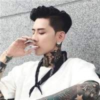 qq头像抽烟男生霸气图片精选好看的qq头像男生抽烟霸气图