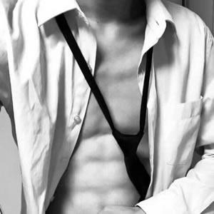 qq头像衬衫领带男生高清撩人的衬衫控系领带男生头像图片