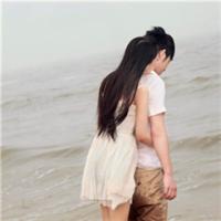 有了爱情不孤独情侣头像一左一右唯美,祝情人节快乐